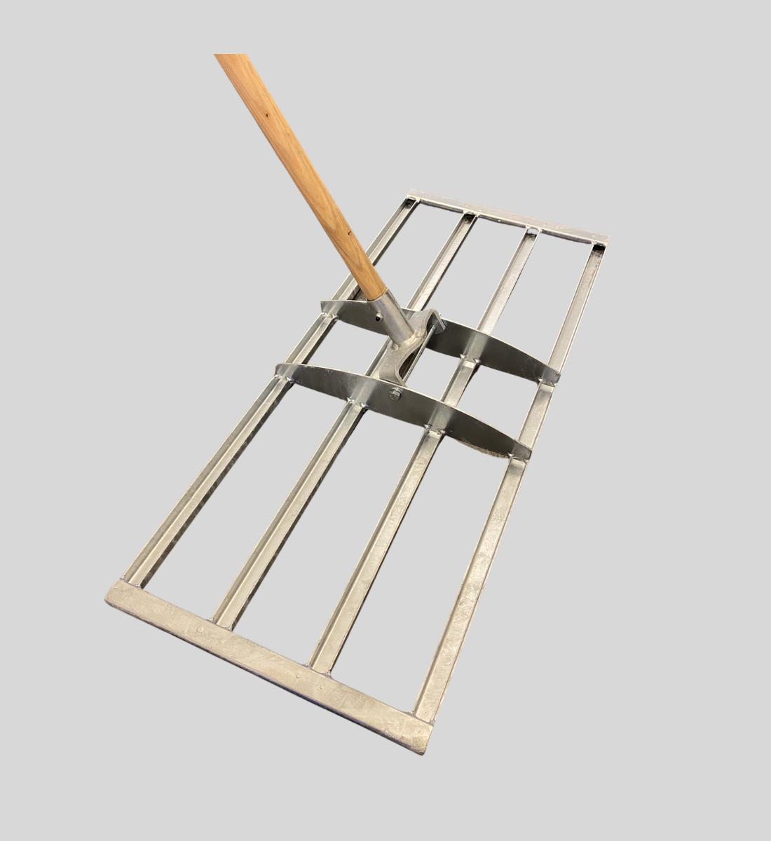 Dressraka till gräsmattan galvaniserad stål