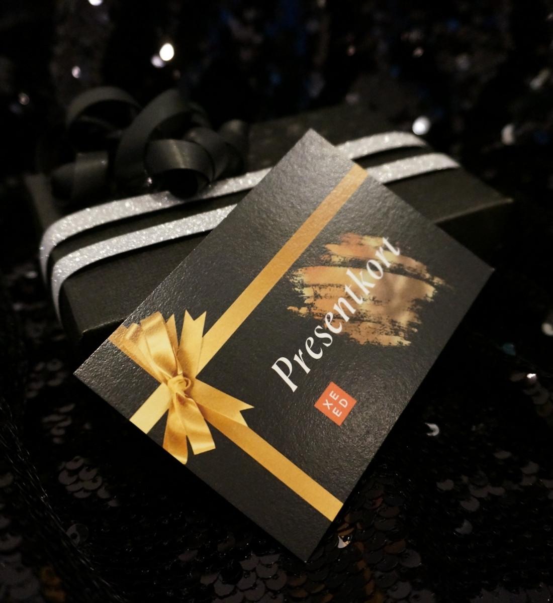 Inslaget presentkorts I box Xeed